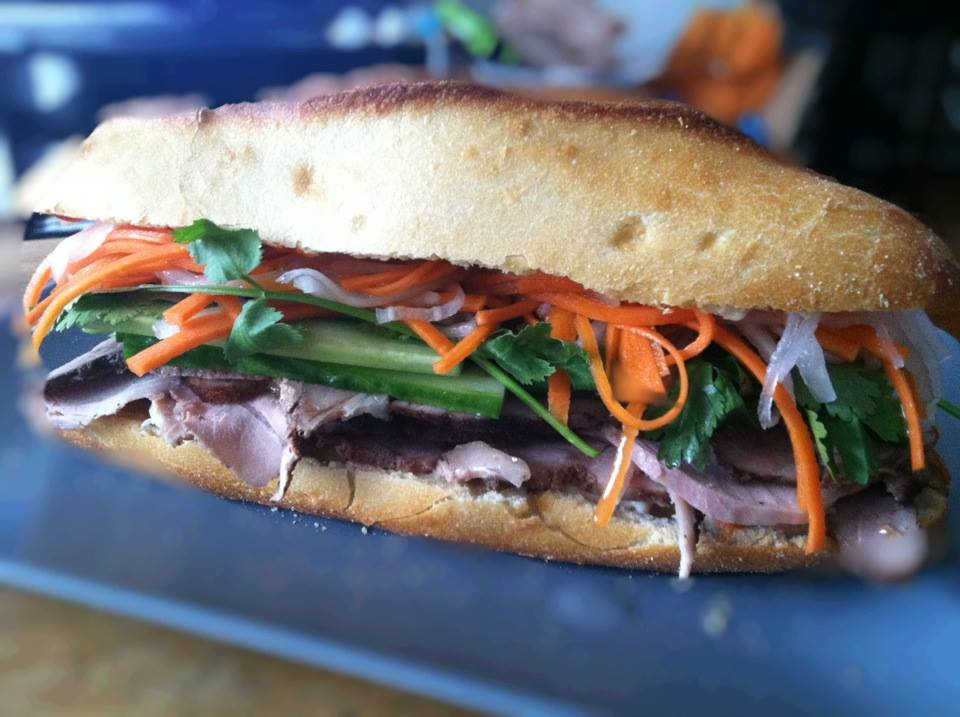 Ten north fork lunches we wish we were eating right now for Southold fish market