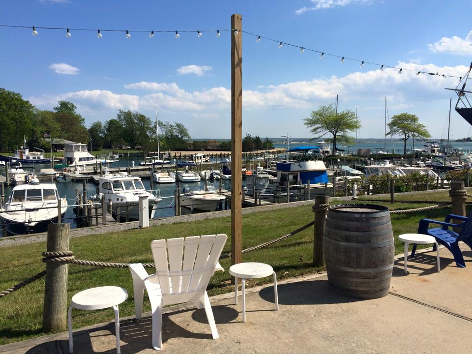 SALT Waterfront Bar & Grill-5
