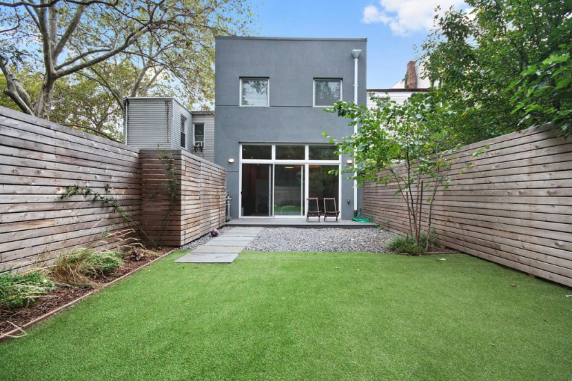 Home Design Ideas Pictures: Interior Design Ideas: Bed Stuy Frame House Gets Radical