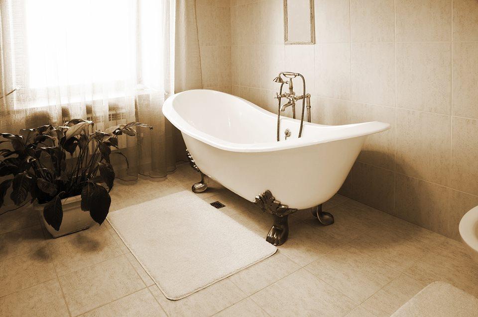 Vintage Tub & Bath | Brownstoner