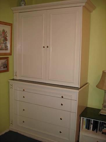 Steve's Metro Cabinet Co.-11